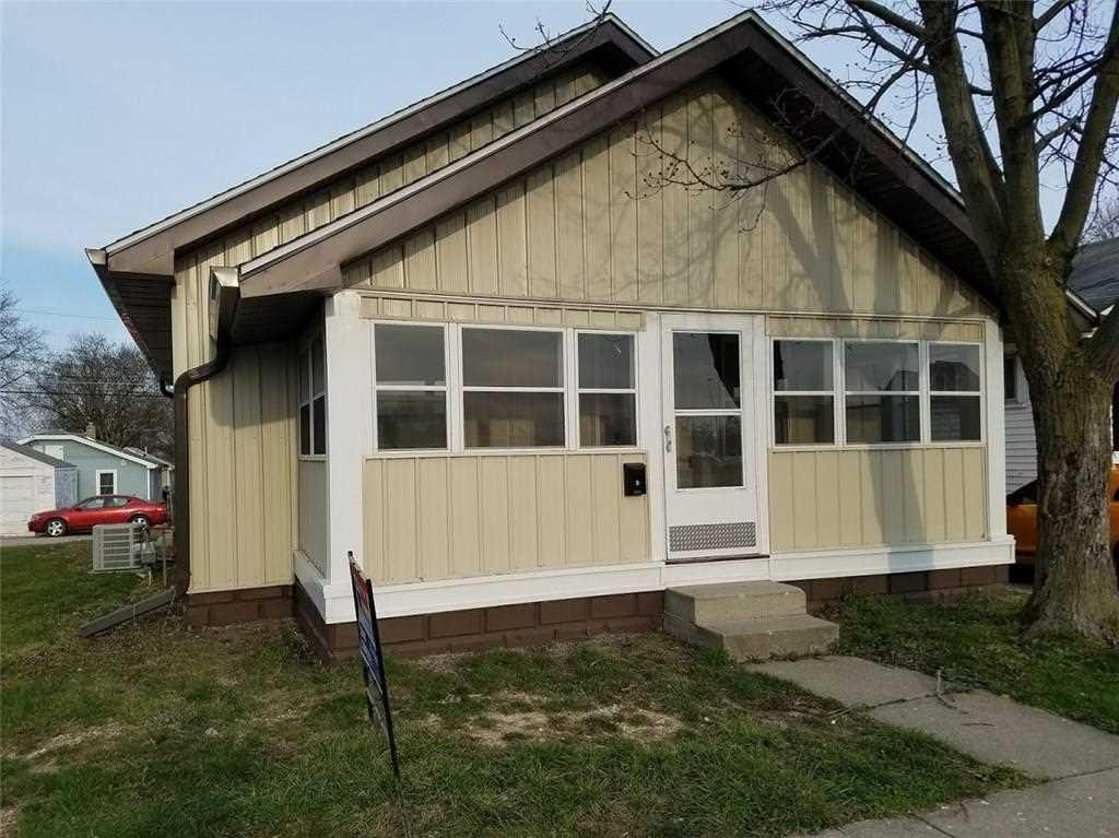 2920 Main Street Anderson, IN 46016 | MLS 21558072 Photo 1