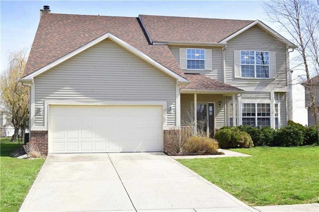 10521 Camille Court Indianapolis, IN 46236 | MLS 21557312 Photo 1
