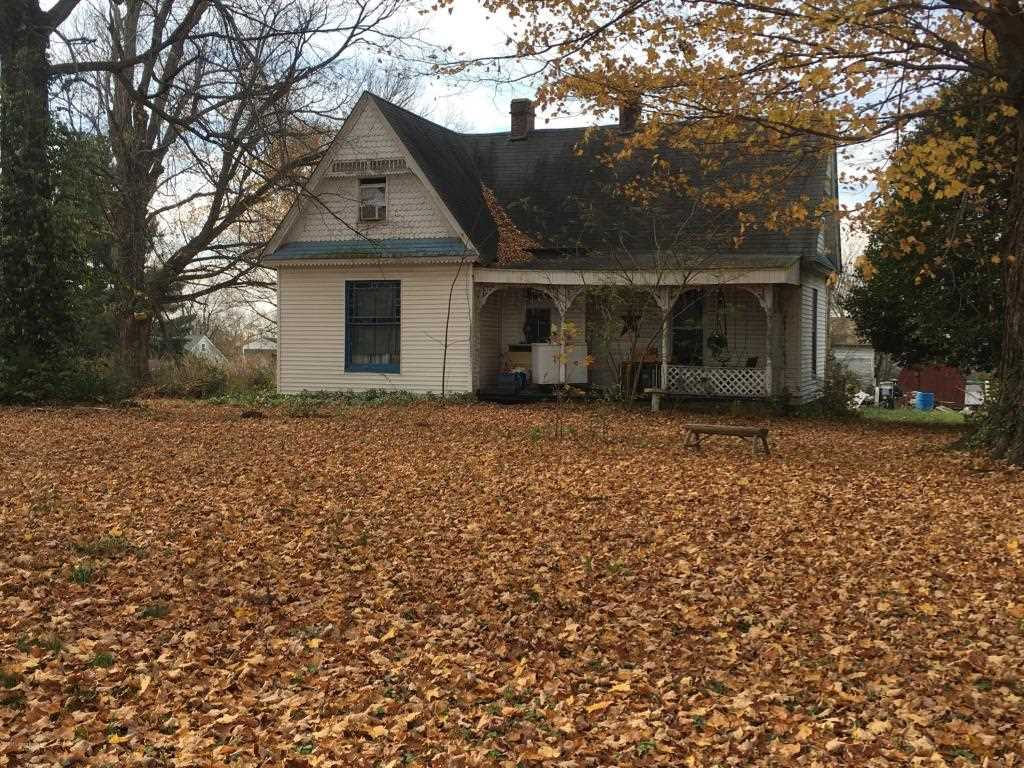 202 S Woodlawn St Irvington KY in Breckinridge County - MLS# 1490892   Real Estate Listings For Sale  Search MLS Homes Condos Farms Photo 1