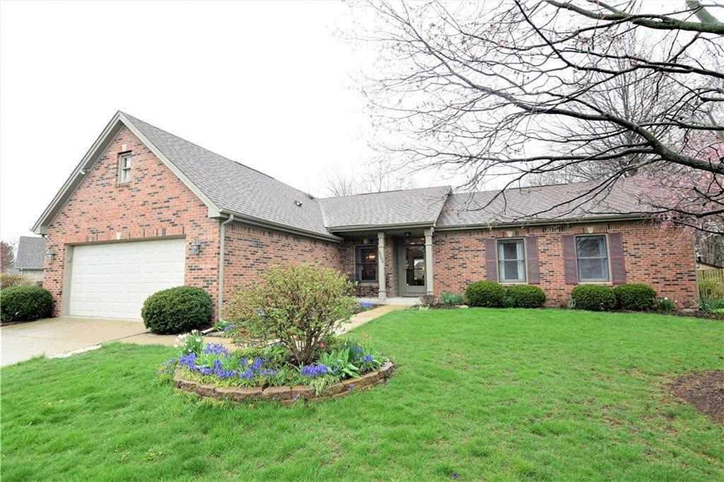 3304 Crickwood Drive Indianapolis, IN 46268 | MLS 21560556 Photo 1