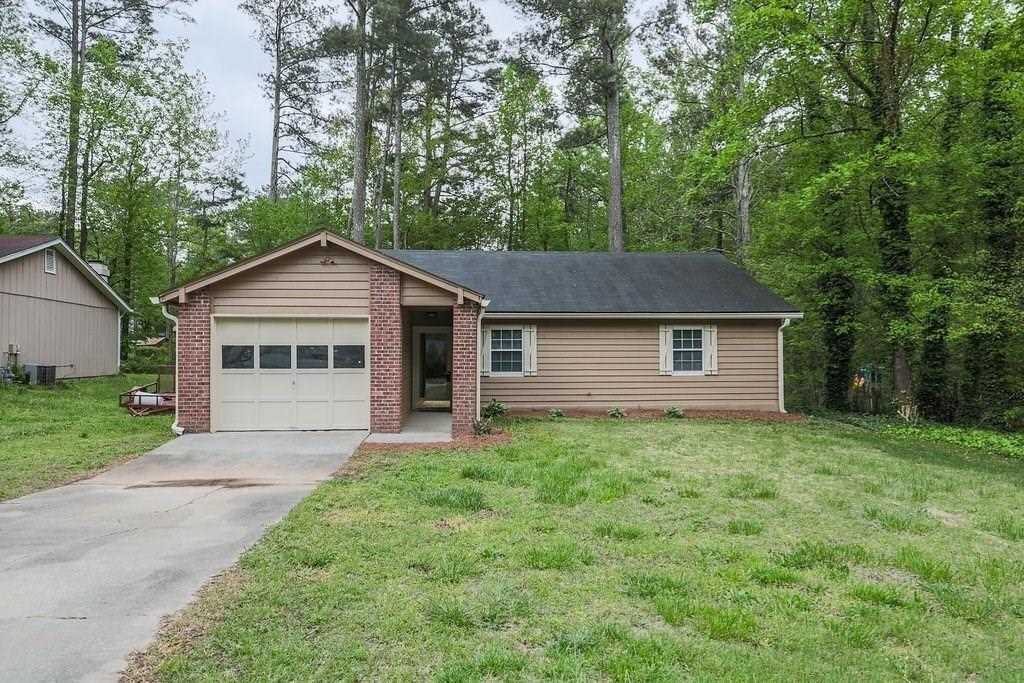 Step Less Renovated Ranch In Great Location Recent Renovations Include New Flooring Fresh