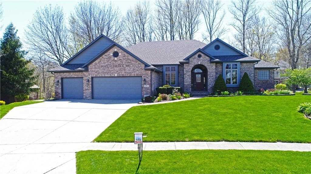 4321 W Eagle Trace New Palestine, IN 46163 | MLS 21562579 Photo 1