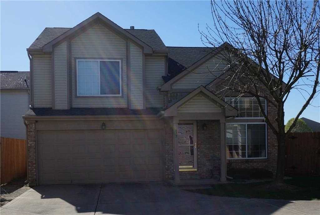 677 Cembra Drive Greenwood, IN 46143 | MLS 21563443 Photo 1