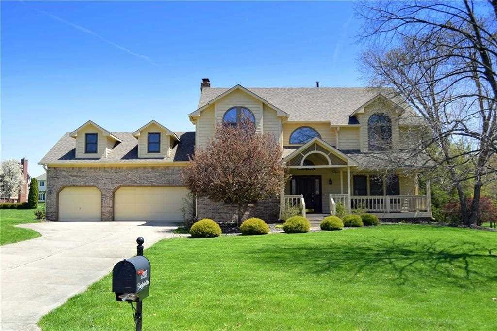 12118 Kingfisher Court Indianapolis, IN 46236 | MLS 21563095 Photo 1