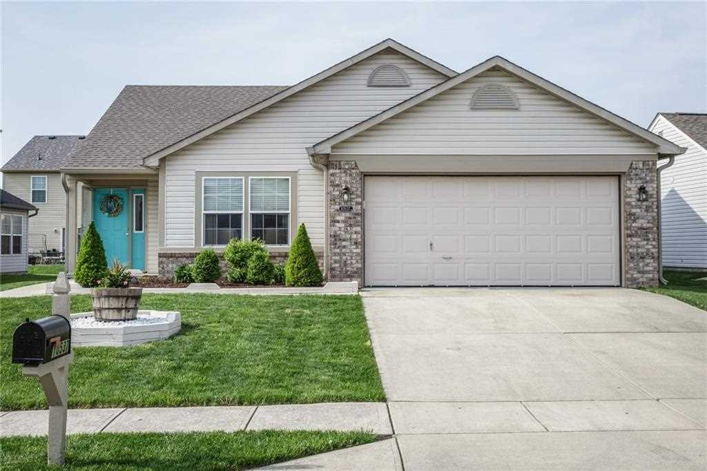 10537 Day Star Drive Indianapolis, IN 46234 | MLS 21558601 Photo 1