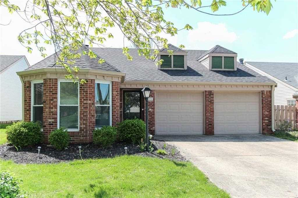 9374 Colony Pointe W Drive Indianapolis, IN 46250 | MLS 21564079 Photo 1