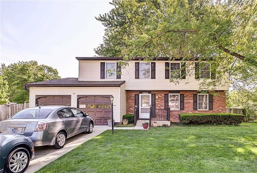 8129 Trevellian Way Indianapolis, IN 46217 | MLS 21564699 Photo 1
