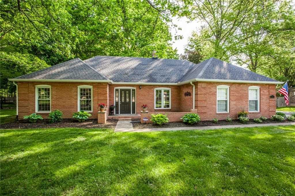 6165 Hazelwood Avenue Indianapolis, IN 46228 | MLS 21566410 Photo 1