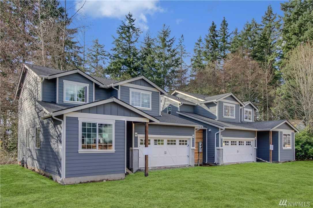 7030 Lower Ridge Rd #A Everett, WA 98203 | MLS ® 1266534 Photo 1