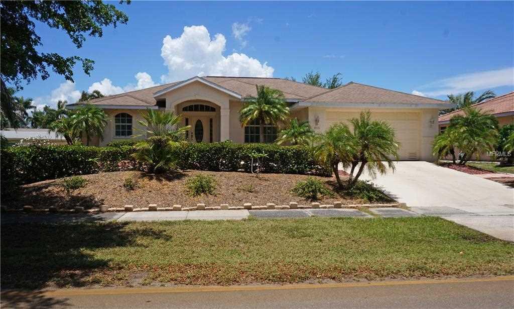810 W Olympia Avenue Punta Gorda, FL 33950   MLS C7401479 Photo 1
