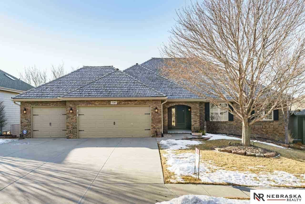 17267 Madison Omaha, NE 68135 | MLS 21802272 Photo 1