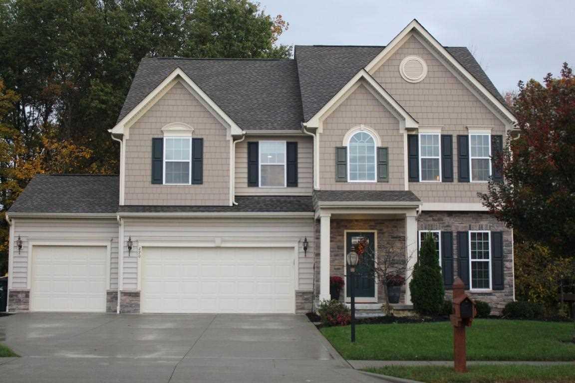 290 Blue Jacket Circle Pickerington, OH 43147 | MLS 217042535 Photo 1