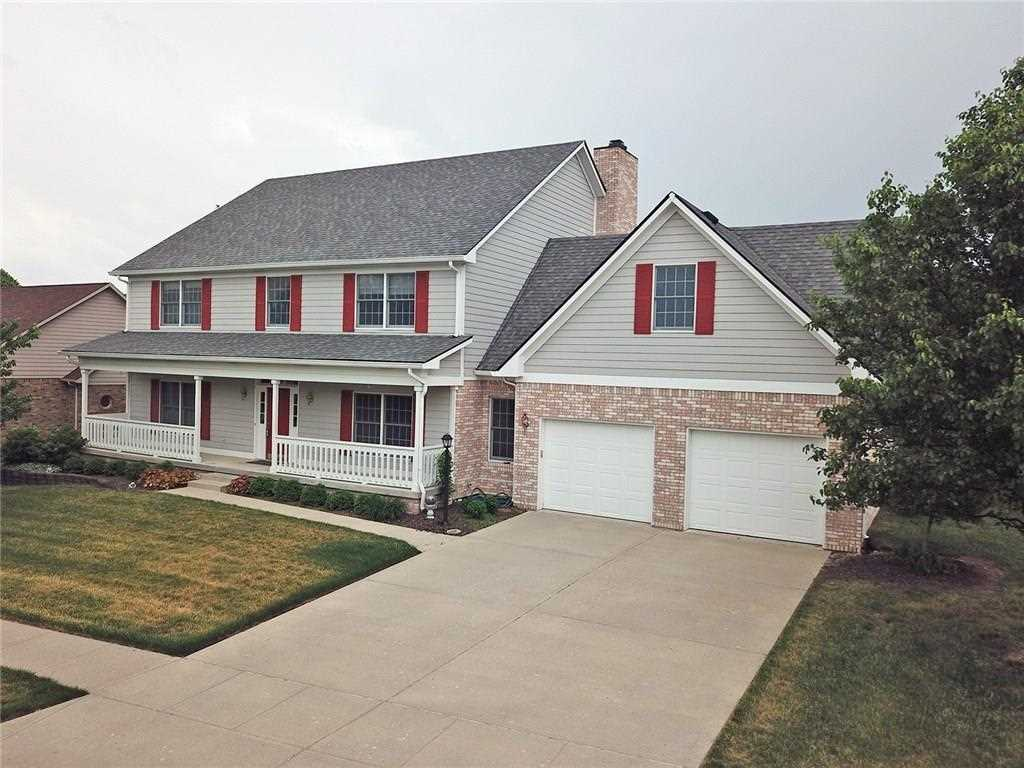 1733 Rooses Lane Indianapolis, IN 46217 | MLS 21545421 Photo 1