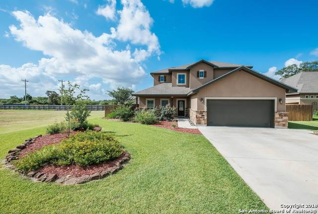 1627 Stone Haven Pleasanton, TX 78064 | MLS 1318015