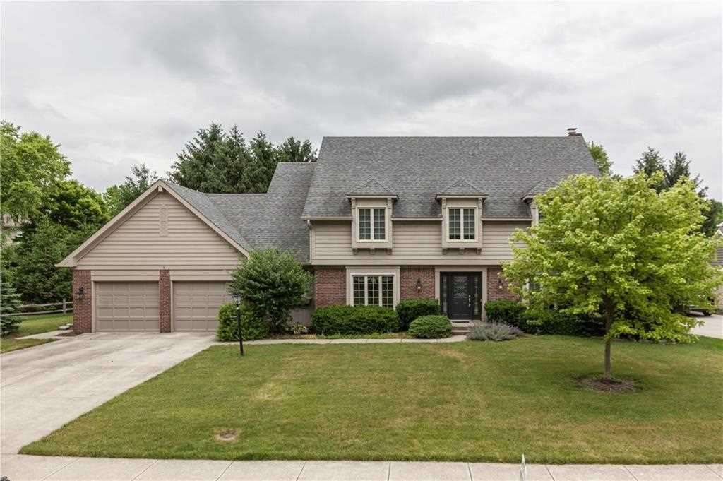 499 Leeds Circle Carmel, IN 46032 | MLS 21572673 Photo 1