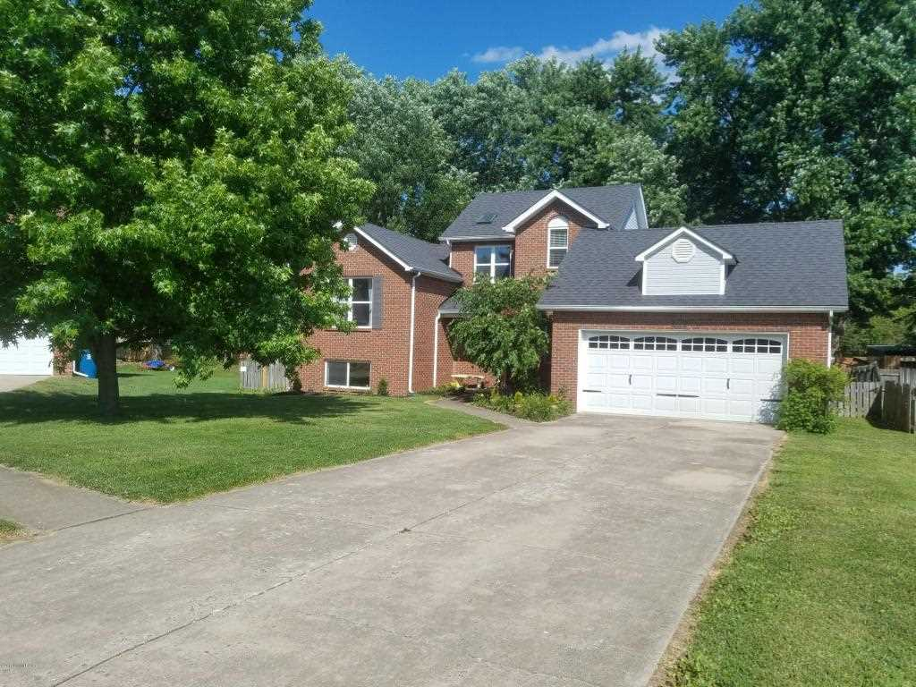 7703 Legler Dr Louisville KY in Jefferson County - MLS# 1491815 | Real Estate Listings For Sale |Search MLS|Homes|Condos|Farms Photo 1