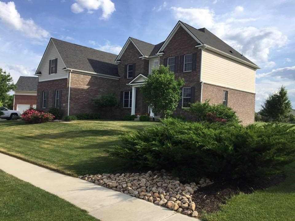 15293 Dunrobin Drive Noblesville, IN 46062 | MLS 21549126 Photo 1
