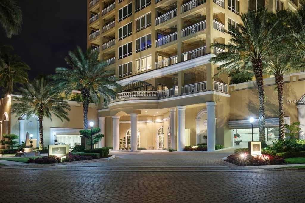 35 Watergate Drive #PH-1802 Sarasota, FL 34236 | MLS A4404035 Photo 1