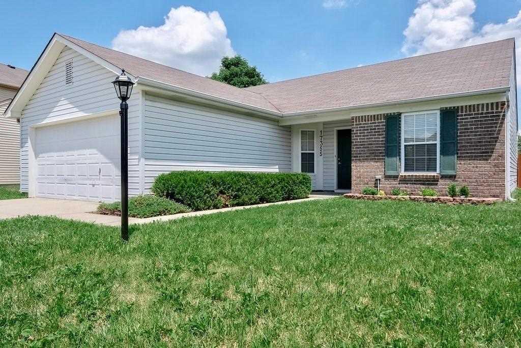 17355 Pine Wood Lane Westfield, IN 46074 | MLS 21577977 Photo 1