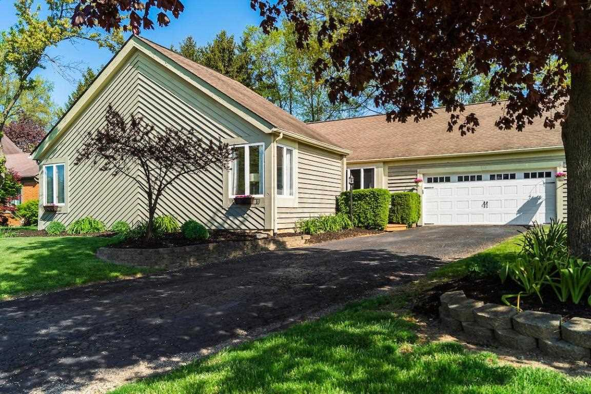 304 E Schrock Road Westerville, OH 43081 | MLS 218016547 Photo 1