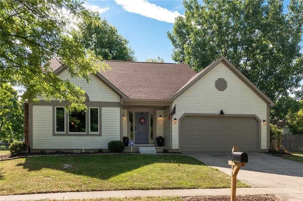 9313 Hadway Drive Indianapolis, IN 46256 | MLS 21583025 Photo 1