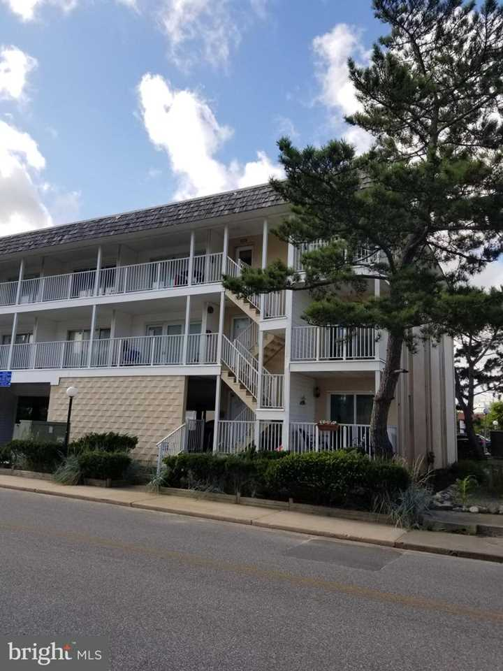 A Place In The Sun 7 40th St #2 Ocean City MD Condo For