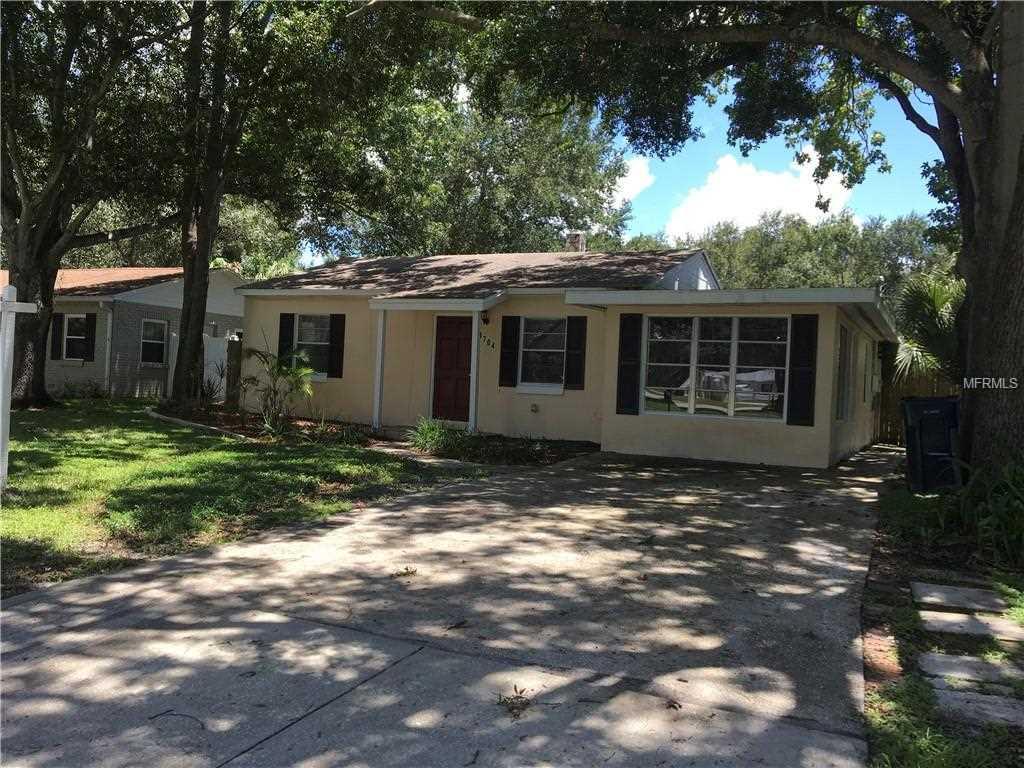 4704 W Wallcraft Avenue Tampa, FL 33611 | MLS U8010072 Photo 1