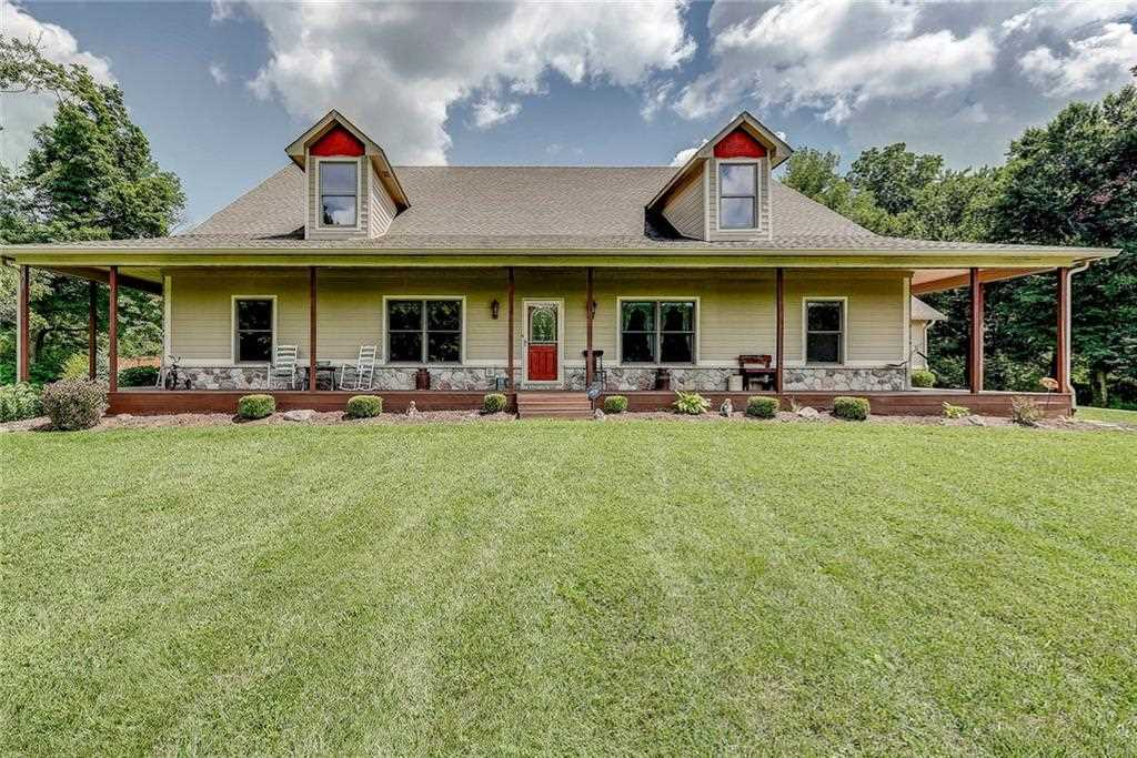 1781 N Cole Drive Martinsville, IN 46151 | MLS 21584201 Photo 1