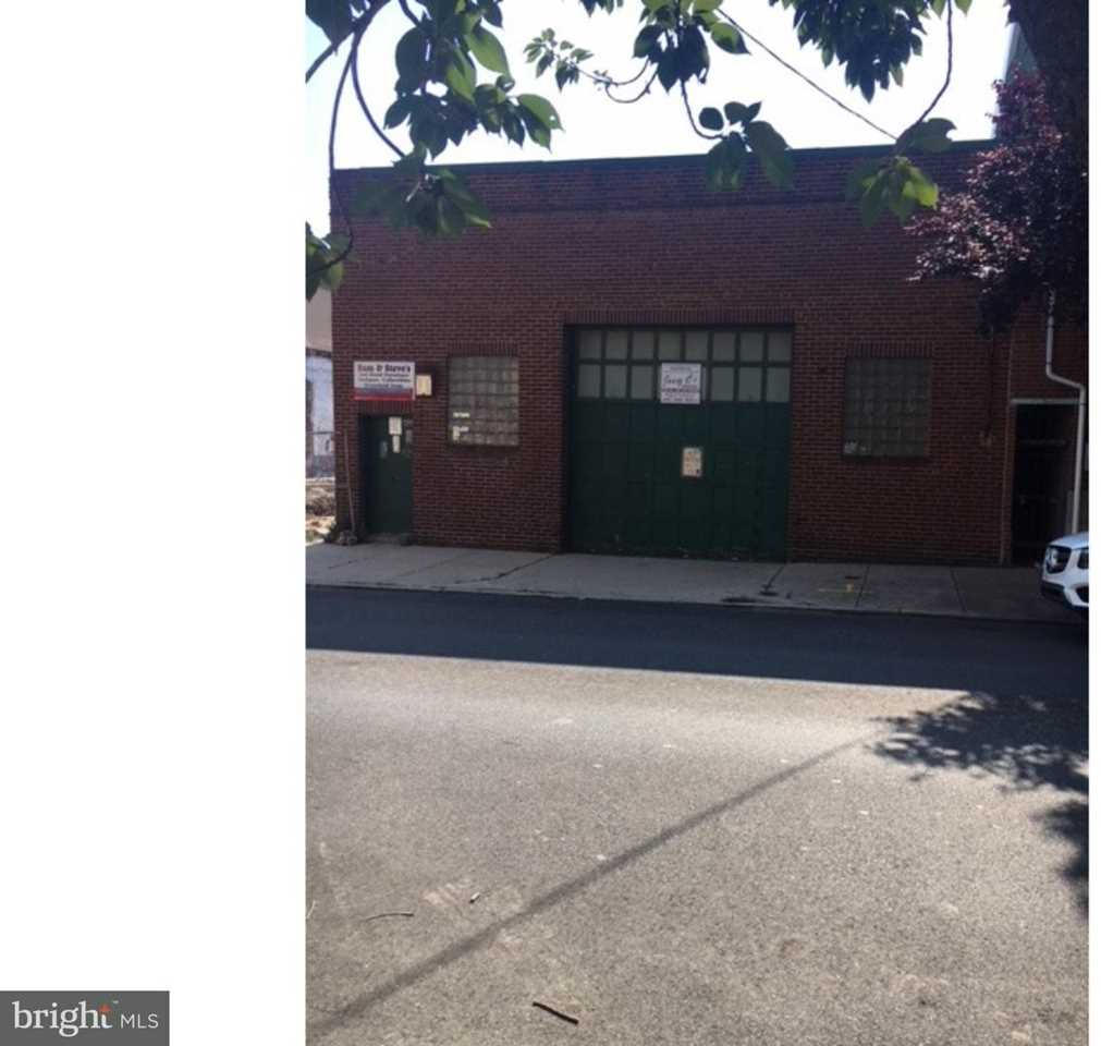 1139 N 3rd St, Philadelphia, PA 19123 | MLS 1002193042  Photo 1
