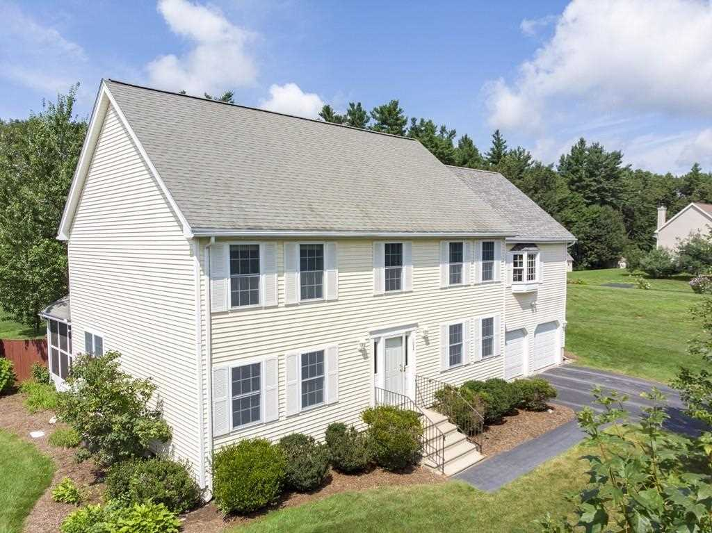 102 Russells Way Westford, MA 01886 | MLS 72379544