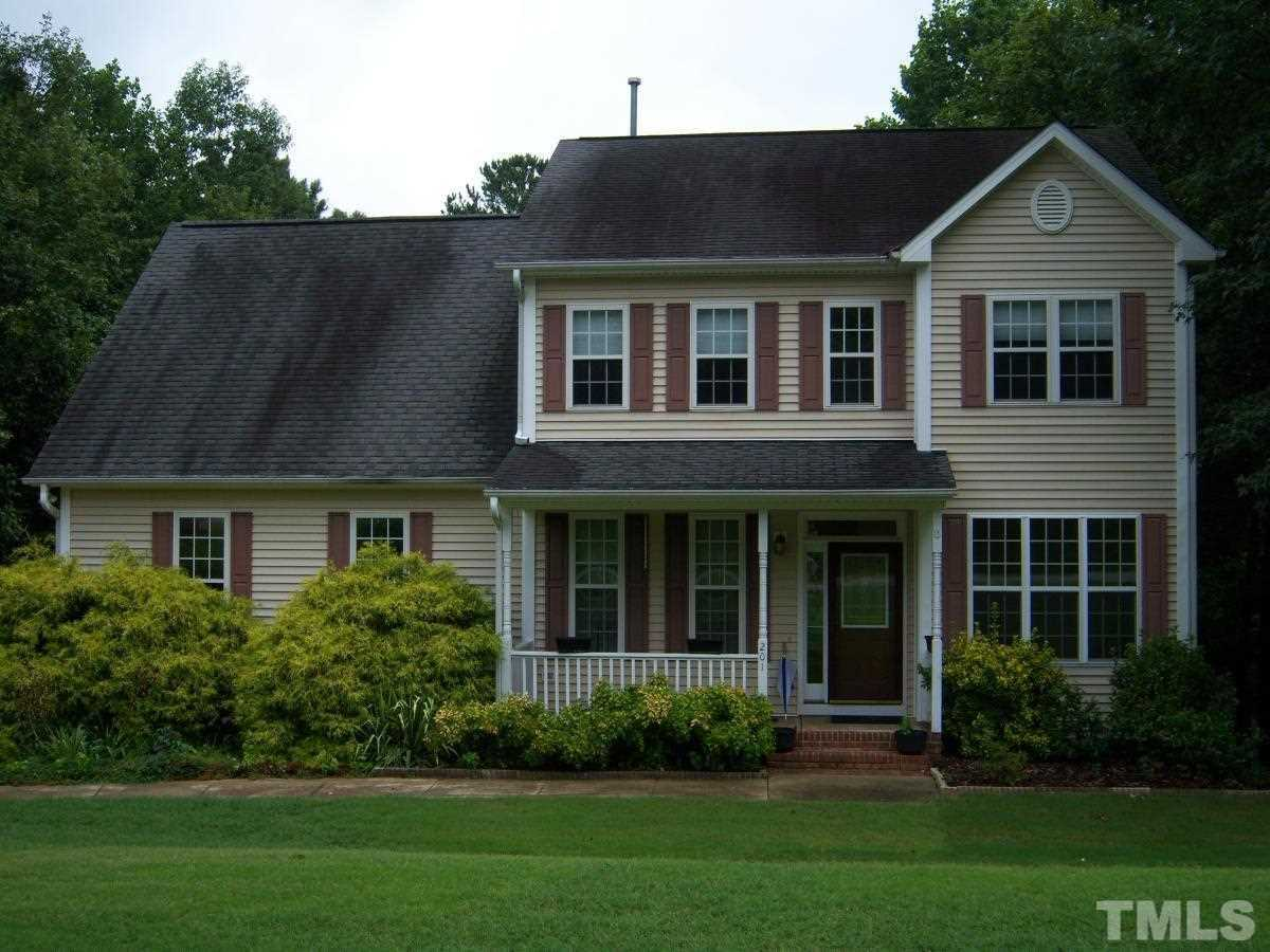 201 sweetbriar court clayton nc 27527 mls 2210491 for Sweetbriar garden homes