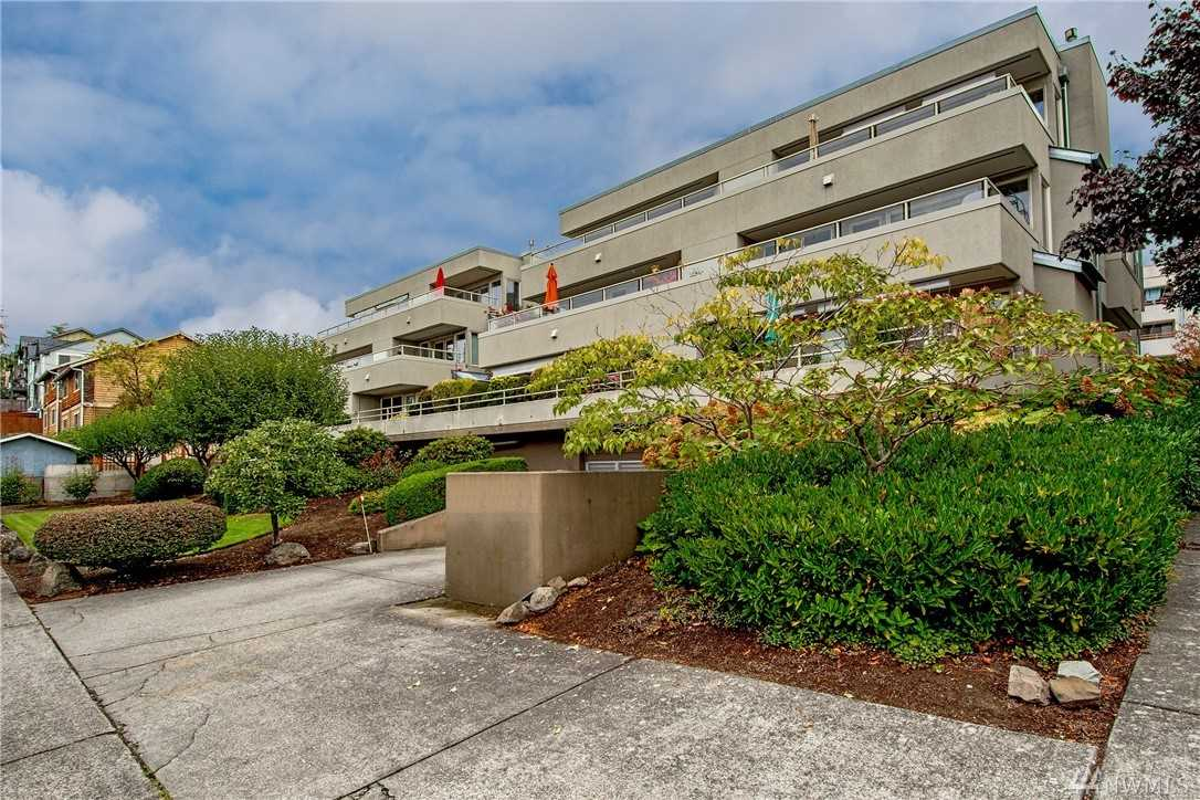 4457 44th Ave SW #204 Seattle 98116 - MLS 1350973 Photo 1