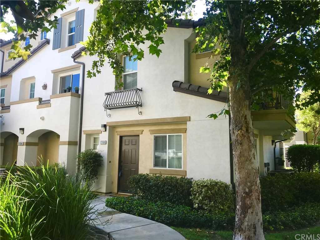 12508 Palmeria Lane Eastvale Ca 91752 Homes For Sale Ladera Ranch Ca