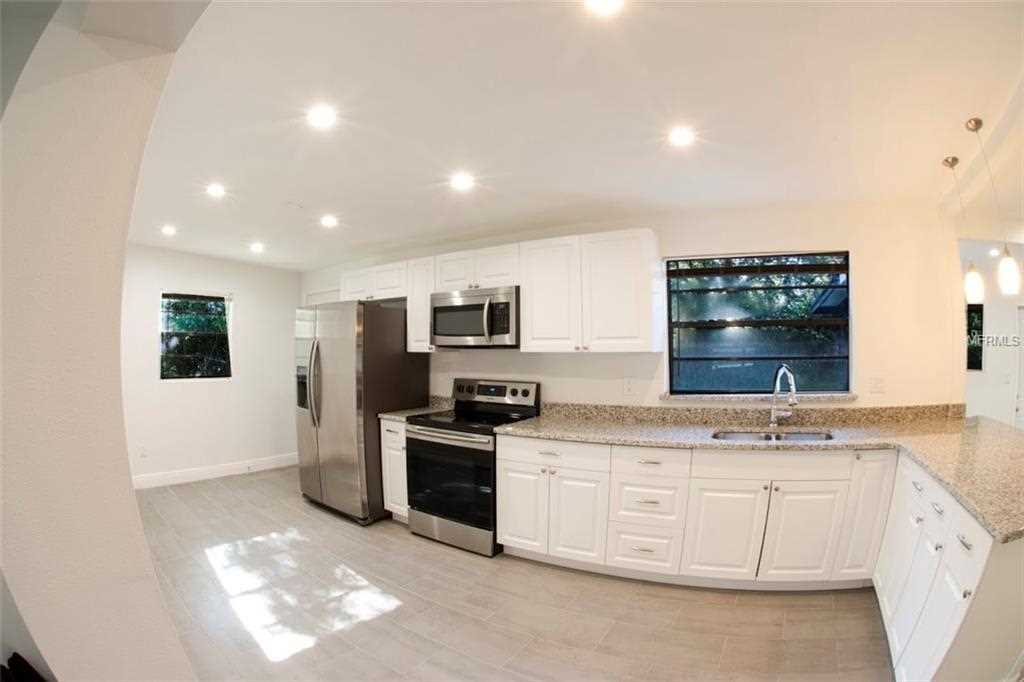 810 Little Wekiwa Drive Altamonte Springs FL - For Sale | RE/MAX Downtown Photo 1