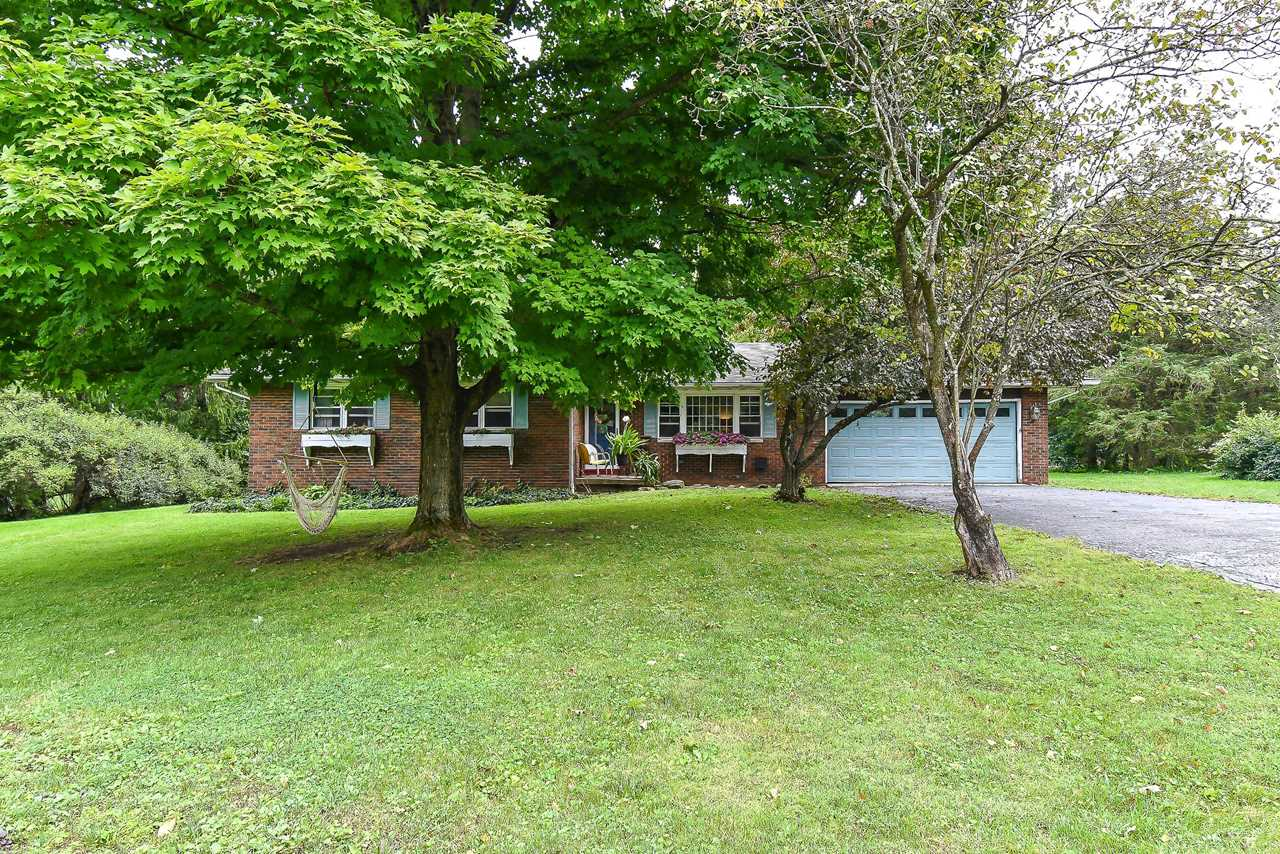 6166 Douglas Drive Canal Winchester, OH 43110 | MLS 218034720 Photo 1