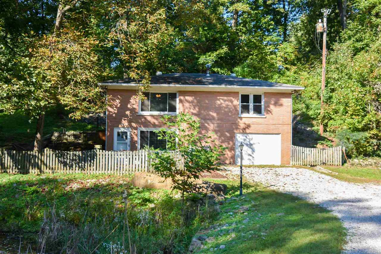 1720 E Boonville New Harmony Road Evansville, IN 47725   MLS 201845585 Photo 1