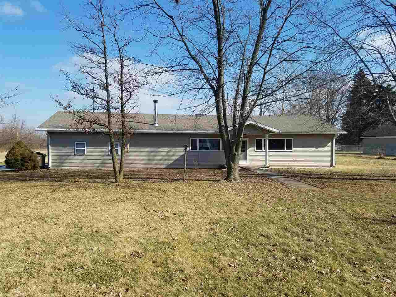 733 Beech St Winchester, IN 47394   MLS 10032759 Photo 1