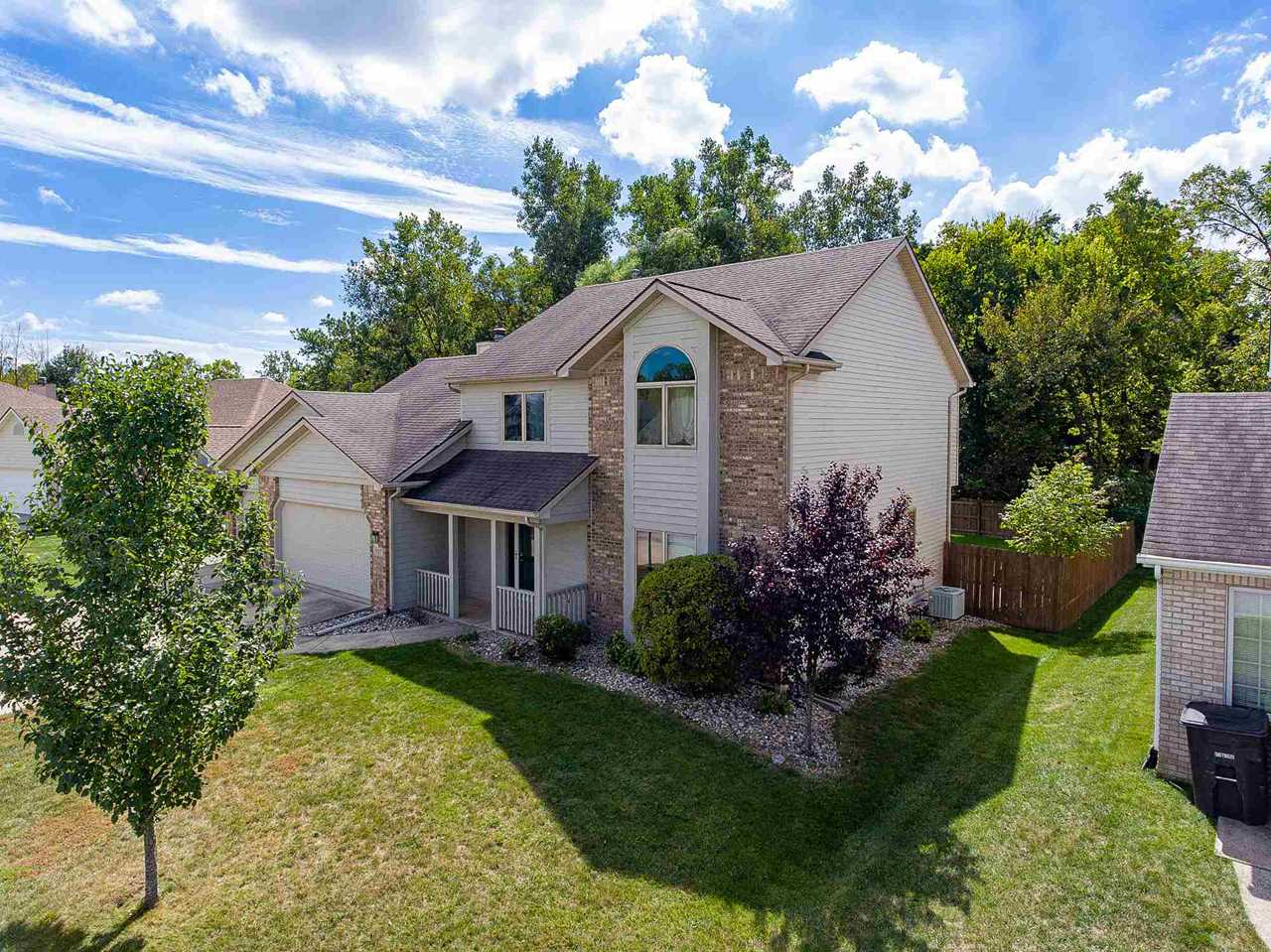 1927 Falconview Place Fort Wayne, IN 46818 | MLS 201842456 Photo 1