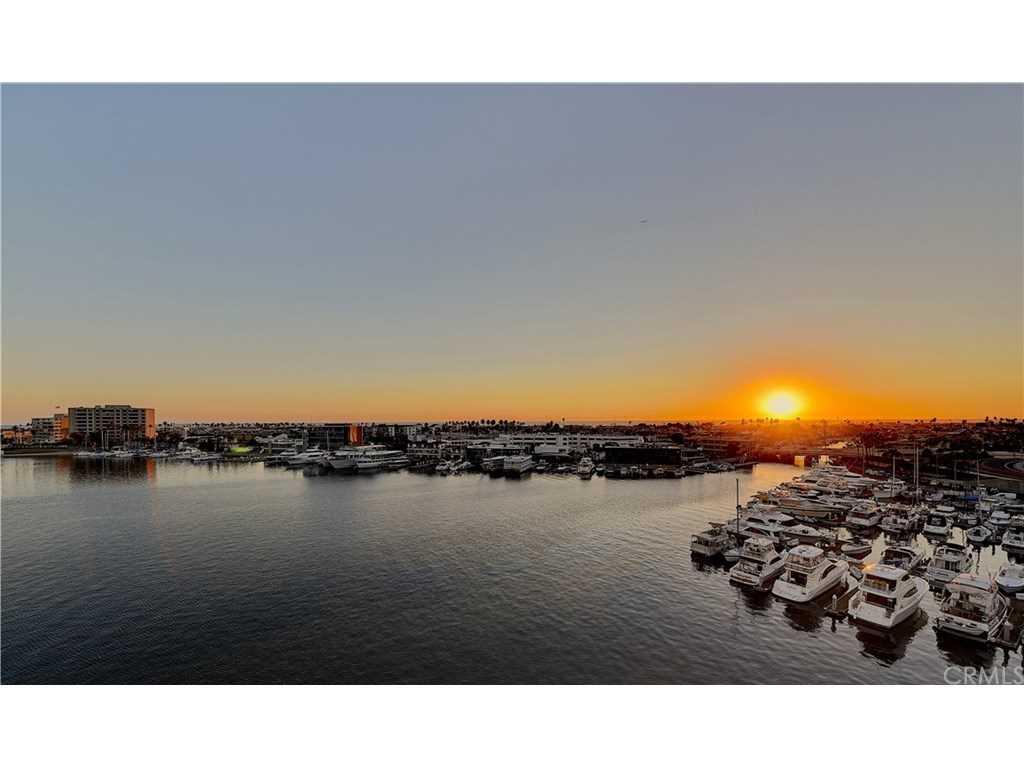 3121 W Coast #7A and 7B Newport Beach, CA 92663 | MLS NP18231834 Photo 1