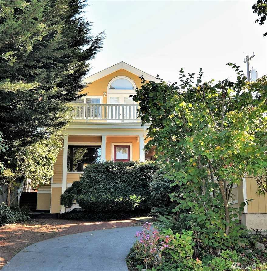 11038 Palatine Ave N Seattle, WA 98133   MLS ® 1375195 Photo 1