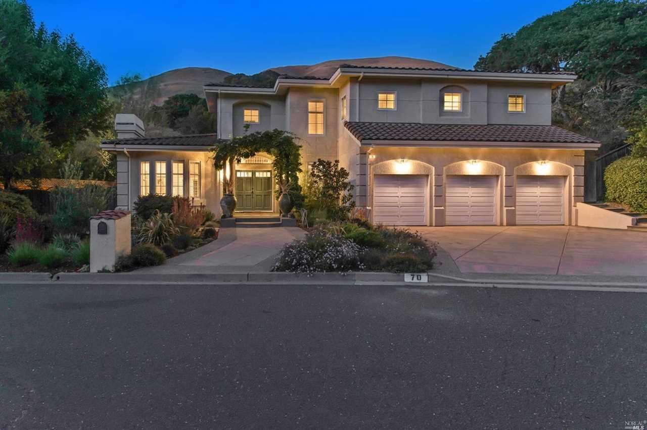 70 Creekside Drive San Rafael, CA 94903 | MLS 21824051 Photo 1