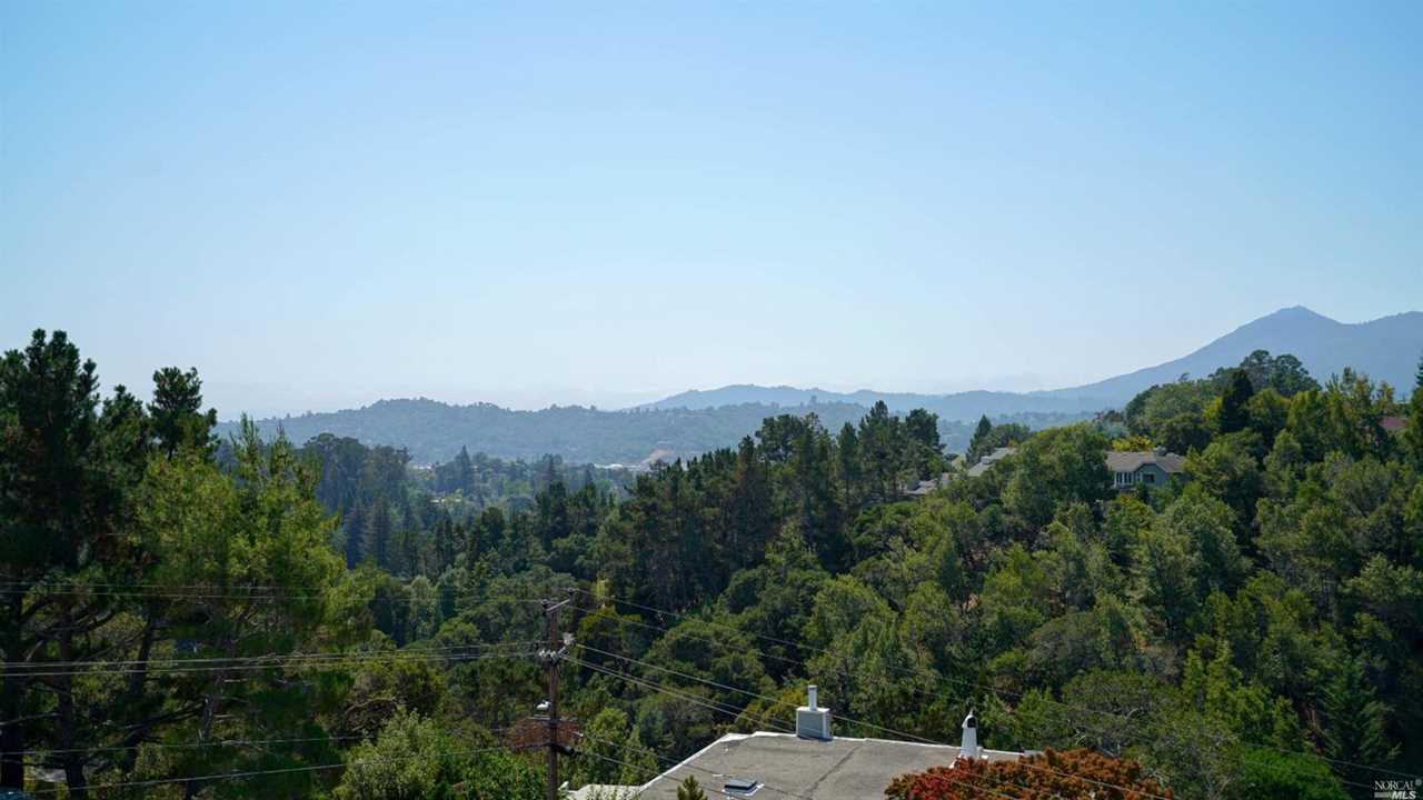 113 Convent Court San Rafael, CA 94901 | MLS 21822865 Photo 1