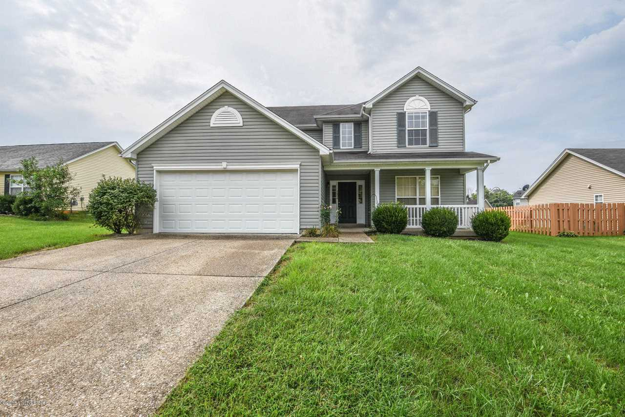 home for sale at 7806 bridlewood pl louisville ky 40228 mls 1512982 rh rededgelive com  house for rent in louisville ky 40228