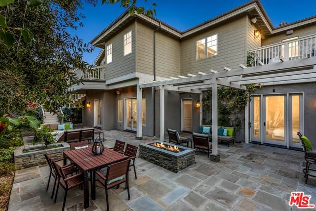 13451 Rand Drive, Sherman Oaks, CA 91423 | MLS #18401180  Photo 1