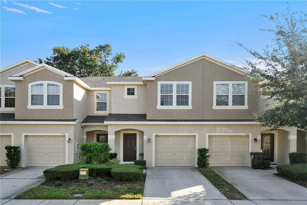 176 Angel Trumpet Way Oviedo FL - For Sale | RE/MAX Downtown Photo 1