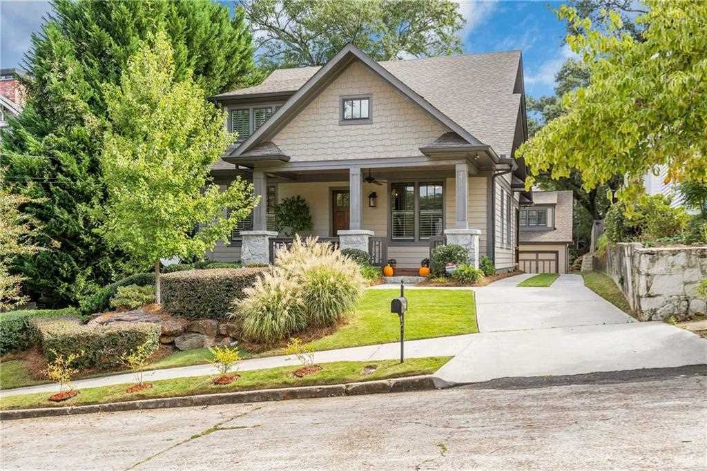 273 Mathews Ave NE is a homes for sale located in the Lake Claire community of Atlanta Photo 1