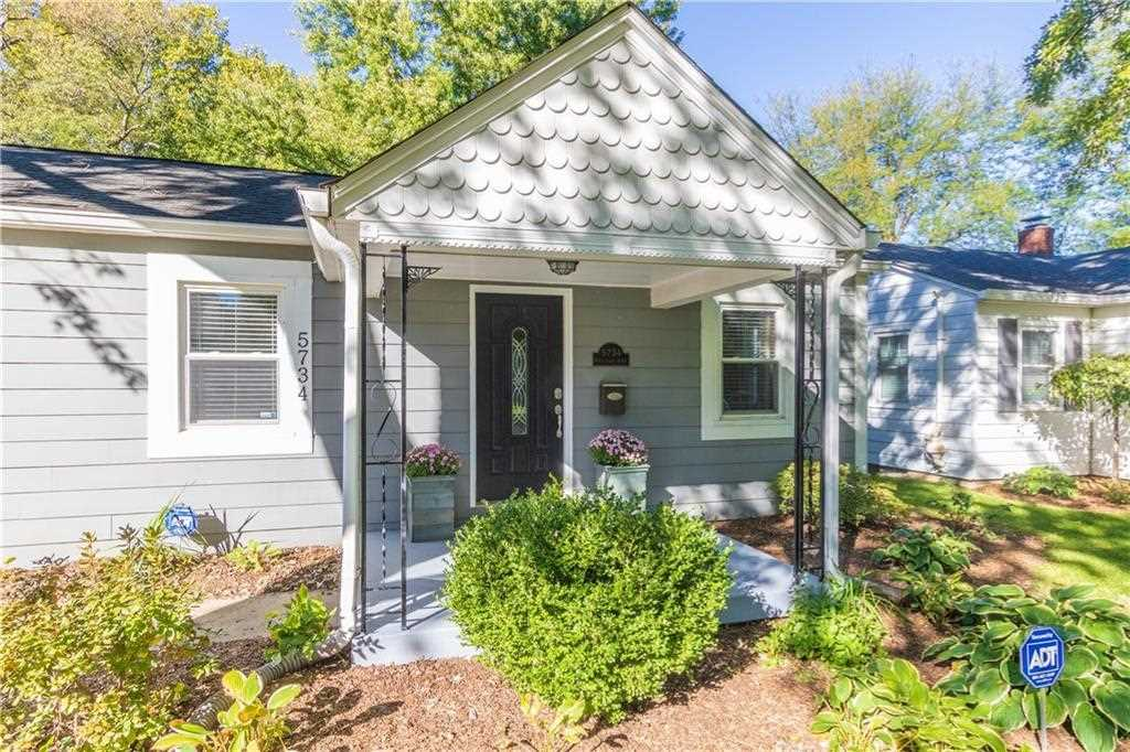 5734 Rosslyn Avenue, Indianapolis, IN 46220 | MLS #21603129 Photo 1