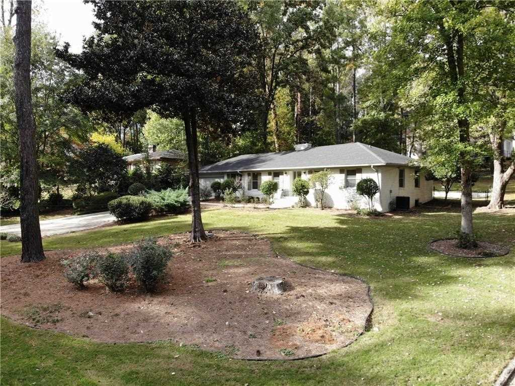 1014 Ferncliff Rd NE, Atlanta GA 30324, MLS # 6096470 | Pine Hills Photo 1