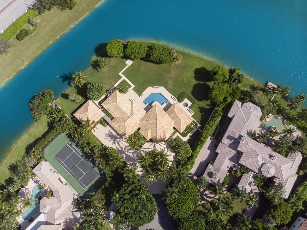 18799 Long Lake Drive Boca Raton, FL 33496 - MLS# RX-10478411 | BocaRatonRealEstate.com Photo 1
