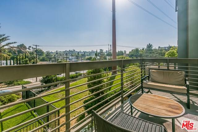 2753 Waverly Drive #506, Los Angeles, CA 90039 | MLS #18407460  Photo 1